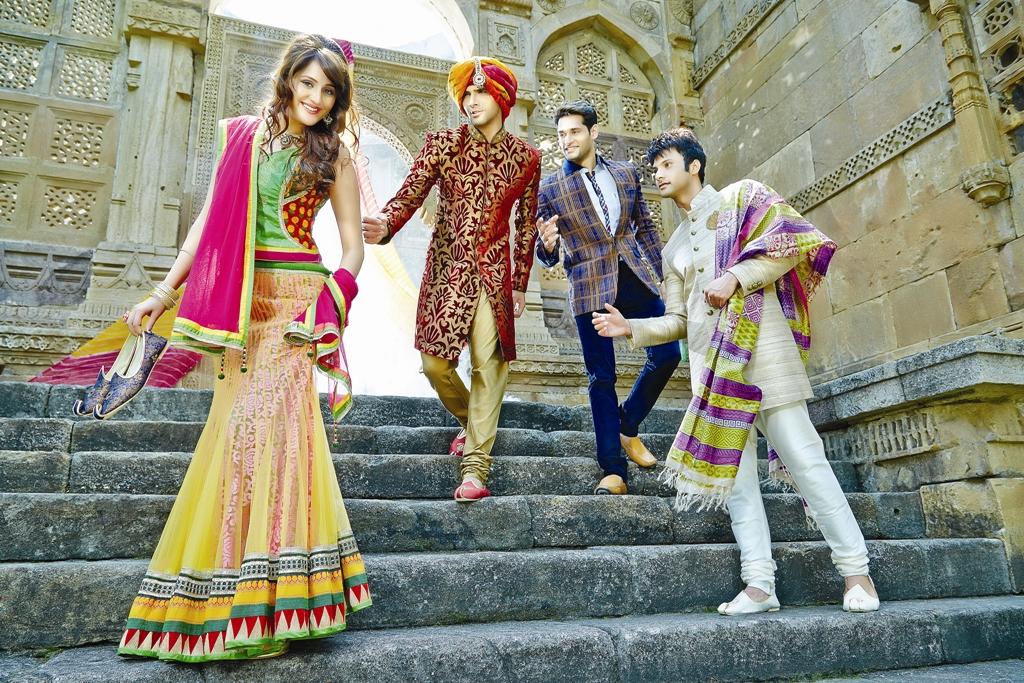 Buy Fancy Sarees In Online