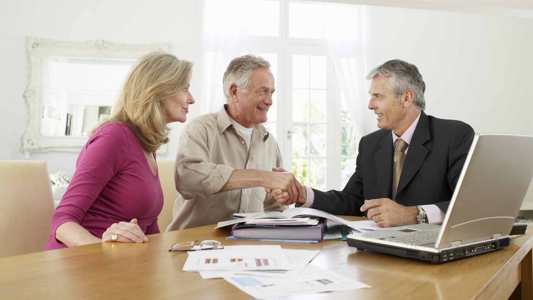Choose The Varied Roles Of Renowned Financial Advisor