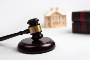 How A Family Lawyer Can Help In Property Division