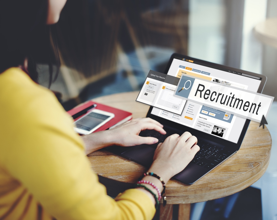 6 Smart Ways To Use Social Media In Job Search