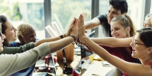 Benefits Of Technology and Teamwork To Customer Service and Sales