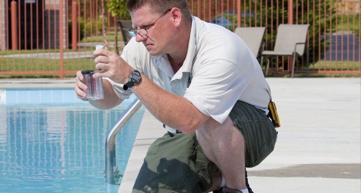 How To Become A Swimming Pool Technician