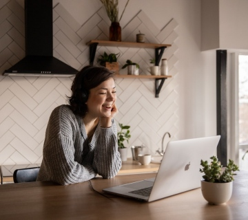 7 Powerful Strategies to Successfully Manage Your Remote Sales Team